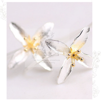 2 Sterling Silver White Trillium Flower Earrings